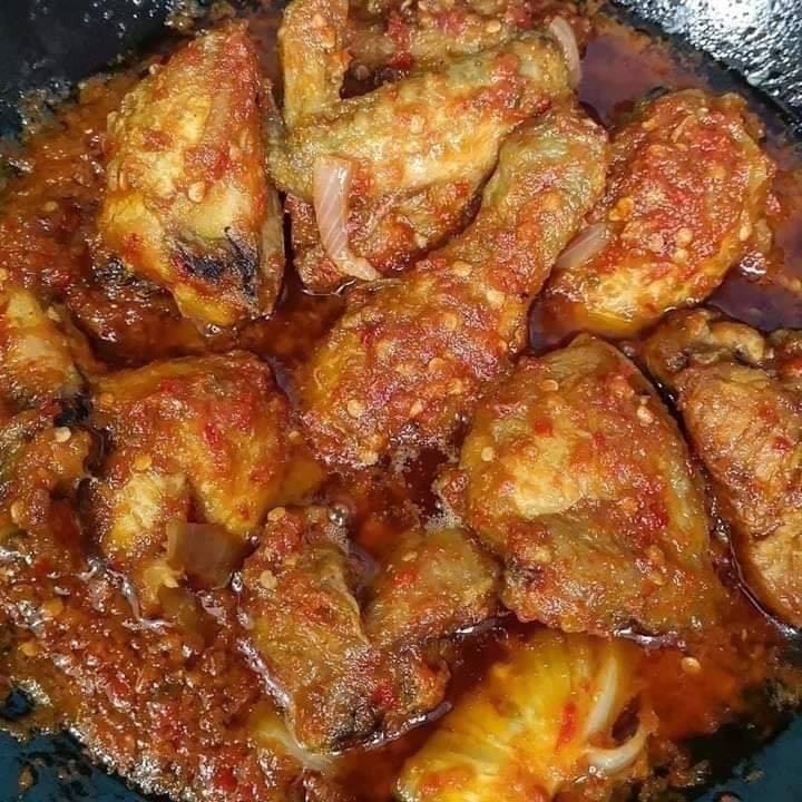 Ayam Berlada
