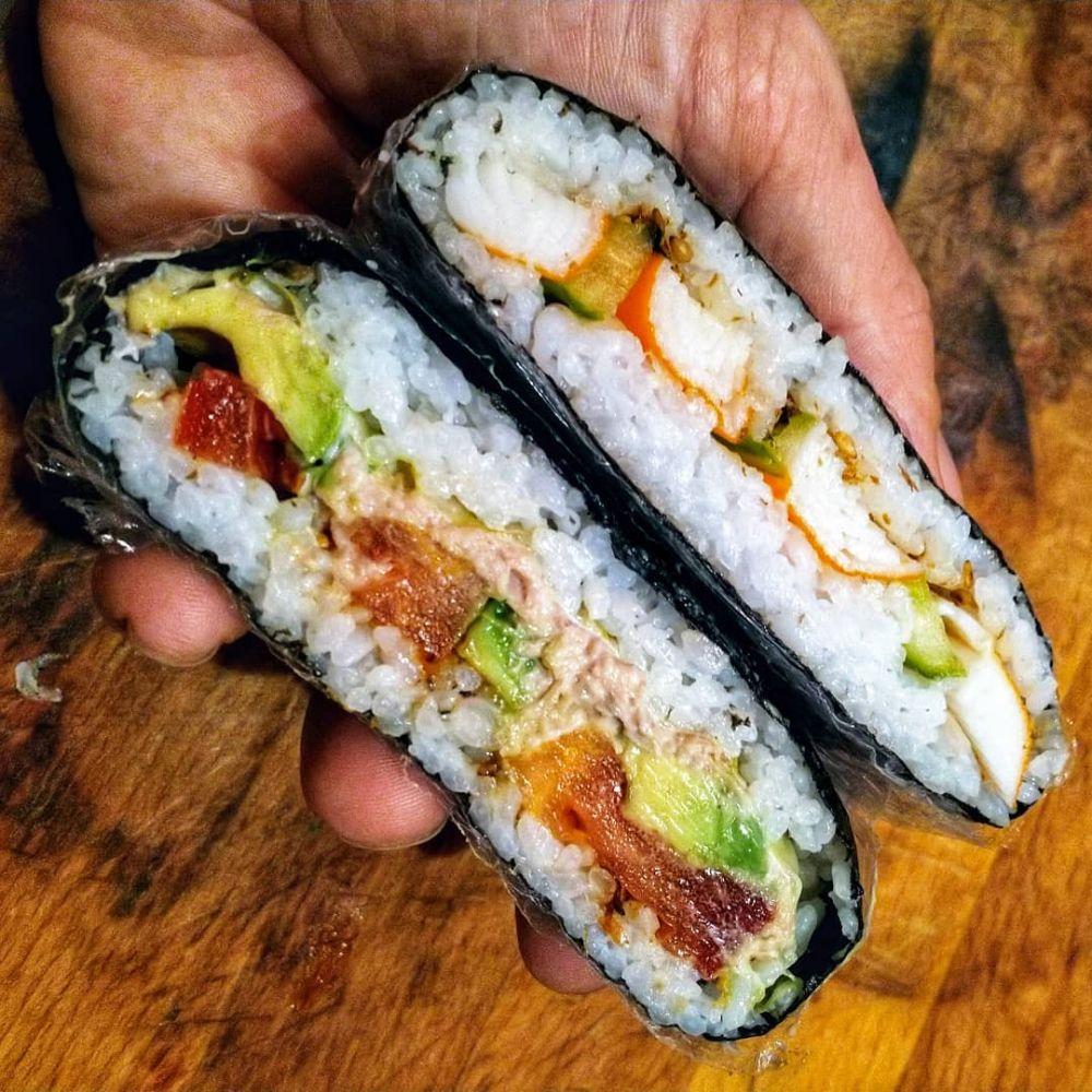 Onigirazu / Sushi Sandwich