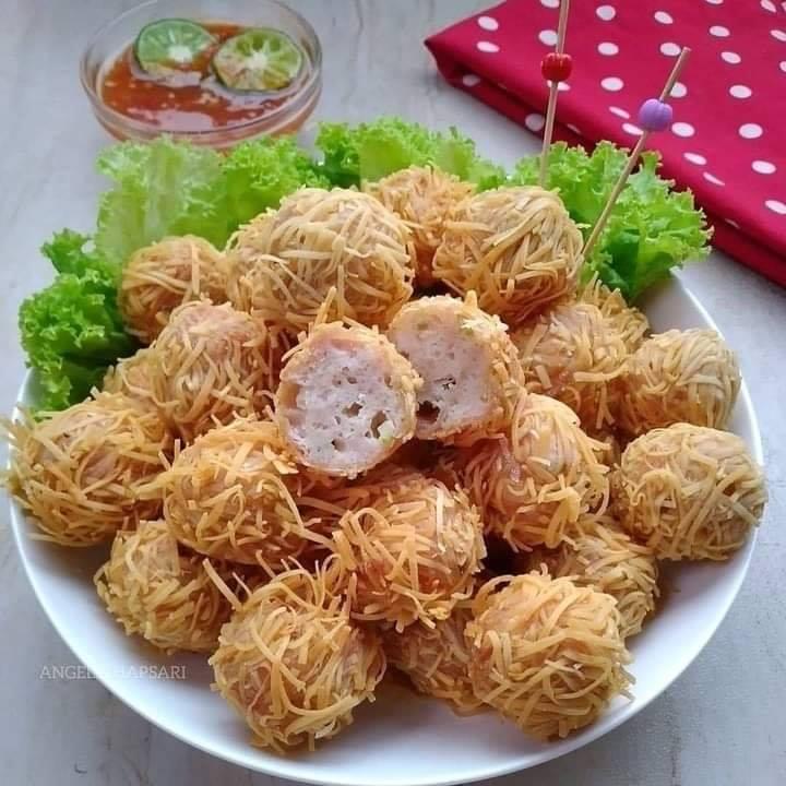 Bola-bola Ayam Pangsit