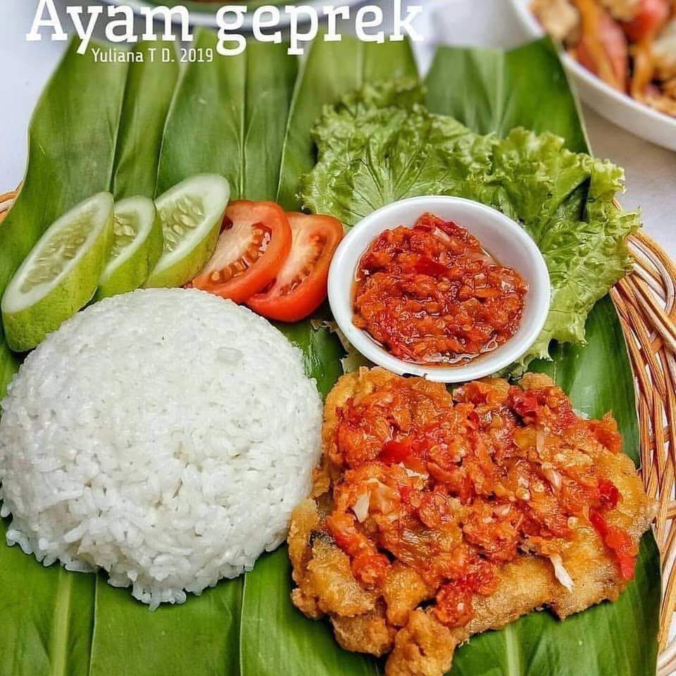 Ayam Gemprek (Rekomended)