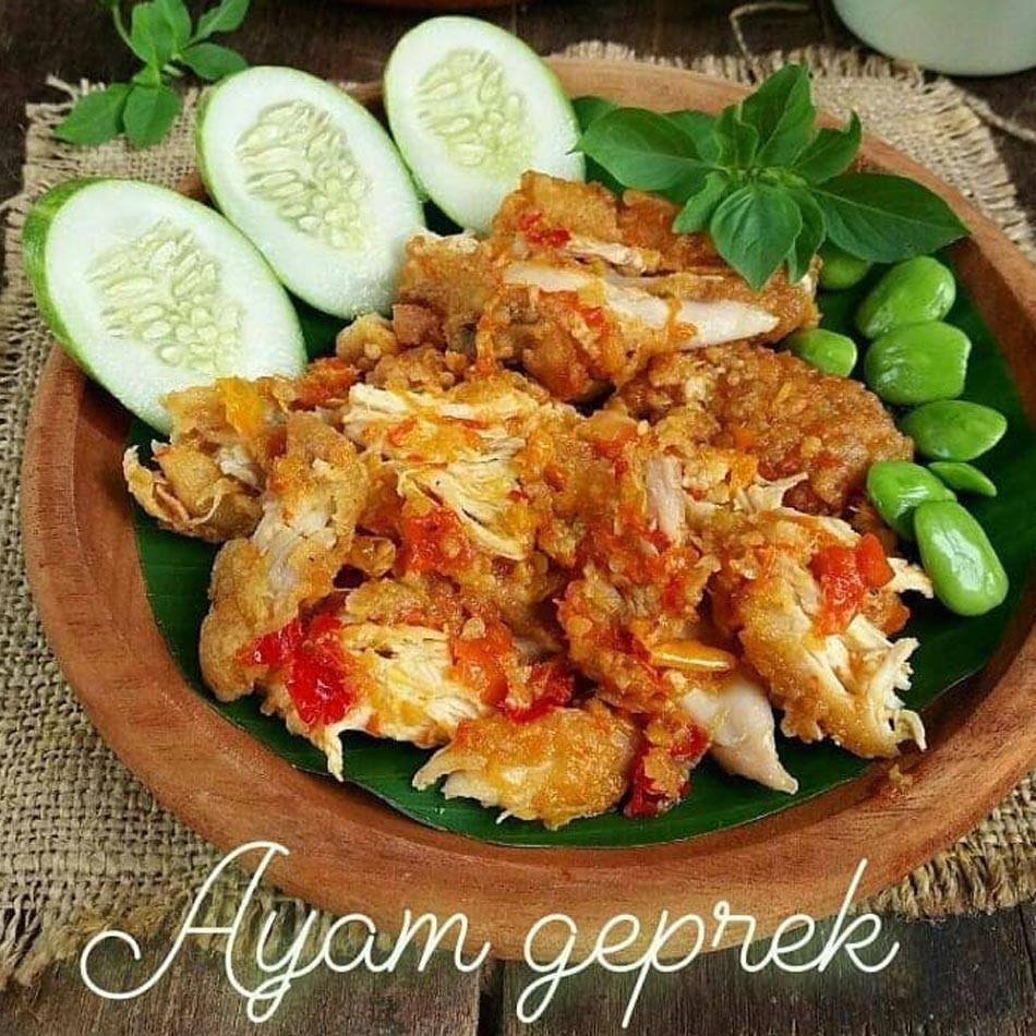 Ayam Geprek Spesial