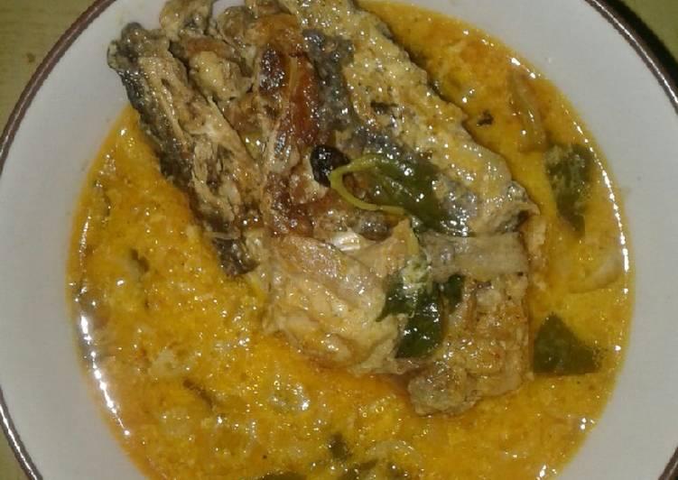 Kare Ikan Jambal (Patin) Kemangi